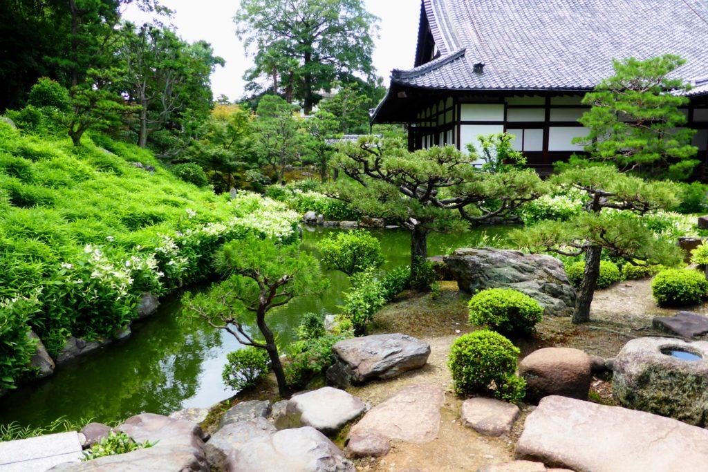 Ryosoku-in, Garden